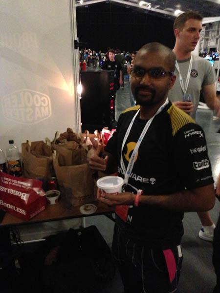 Team Dignitas and KFC at i49