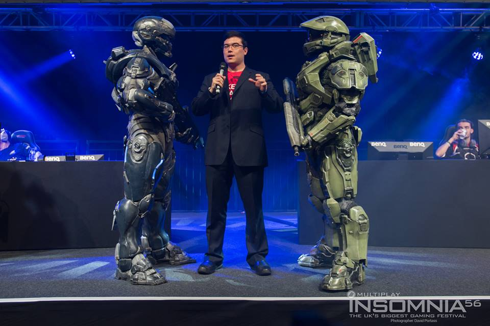 JoRoSaR Meets Master Chief and Halo Cosplayers at Insomnia 56 / i56